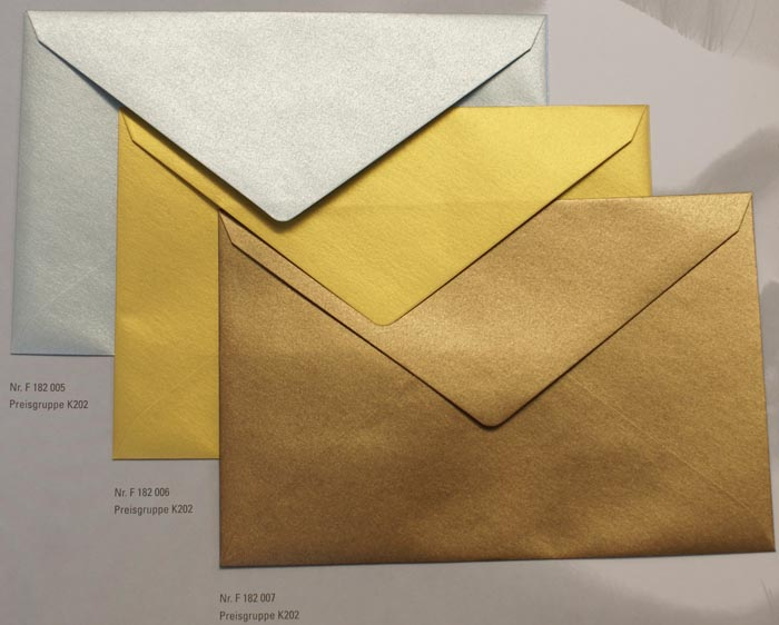 metallic briefumschlag 18x12 cm gold nassklebung prf182006 kuverts briefkuverts nach farben. Black Bedroom Furniture Sets. Home Design Ideas