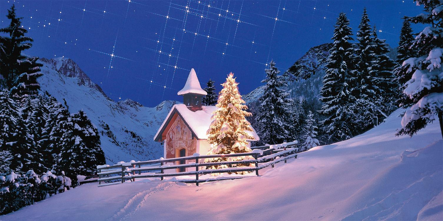 weihnachtskarte mit kapelle umgeben von bergen und wald. Black Bedroom Furniture Sets. Home Design Ideas