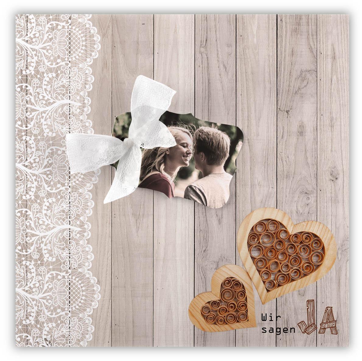 Hochzeitskarte In Rustikaler Holzoptik Mit Spitzenband Und Herzen