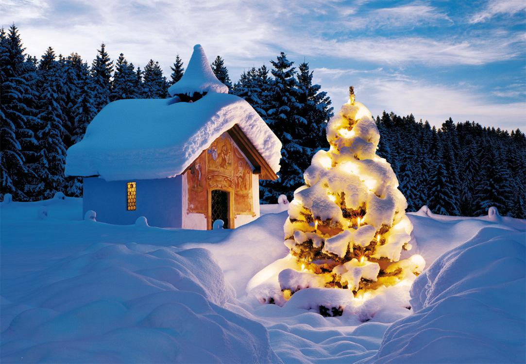 weihnachtskarte mit kapelle in schneebedeckter umgebung. Black Bedroom Furniture Sets. Home Design Ideas